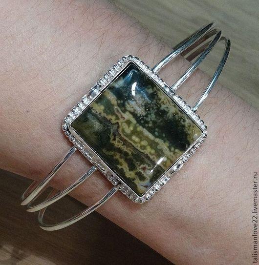 Браслет ручной работы с натуральной яшмой КАСКАД   - глубокое серебрение- серебро 925 пробы. Очень красивый браслет  с яшмой ,размер камня 30х29 мм, размер браслета свободный.\r\nТАЛИСМАН ЛЮБВИ