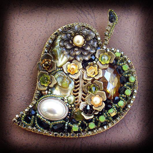 Brooches handmade. Livemaster - handmade. Buy Brooch 'Leaf in the twilight'.Olive, leaf, gift girl