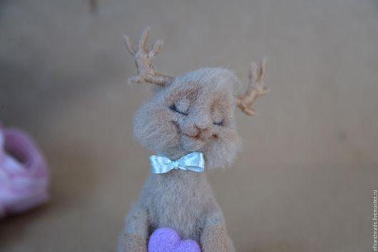 Игрушки животные, ручной работы. Ярмарка Мастеров - ручная работа. Купить Влюбленный олененок. Handmade. Коричневый, Валяние, олень