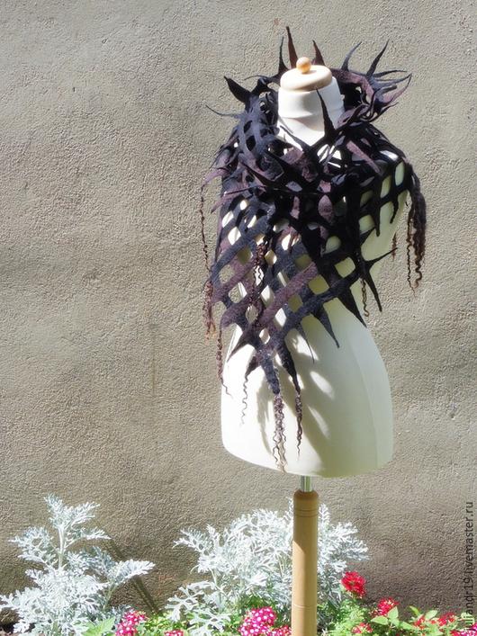 Шарфы и шарфики ручной работы. Ярмарка Мастеров - ручная работа. Купить Мокка. Мягкий валяный шарф-сеточка с длинными кудрями. Handmade.