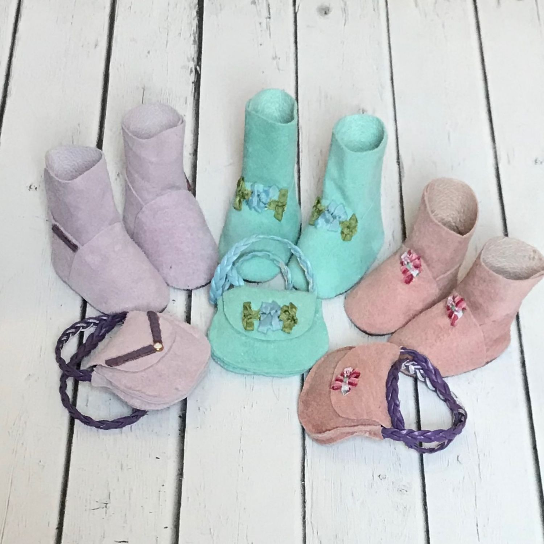 Одежда для кукол ручной работы. Ярмарка Мастеров - ручная работа. Купить Набор сапожки и сумочка для Куклы. Handmade. Сумочка для кукол