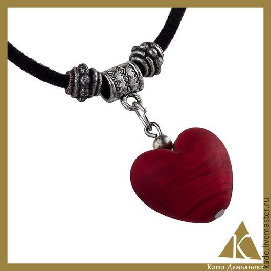 """Кулоны, подвески ручной работы. Ярмарка Мастеров - ручная работа. Купить Кулон """"Алое сердце"""". Handmade. Бордовый, венецианское стекло"""