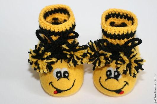 Обувь ручной работы. Ярмарка Мастеров - ручная работа. Купить Пинетки валяные. Handmade. Желтый, пинетки для новорожденных, пинетки в подарок