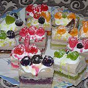 Мыло ручной работы. Ярмарка Мастеров - ручная работа Мыло сувенирное пироженое с ягодками. Handmade.