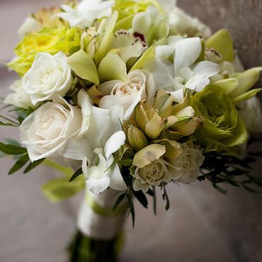Свадебный салон ручной работы. Ярмарка Мастеров - ручная работа Букет невесты в кремово-зеленых тонах. Handmade.