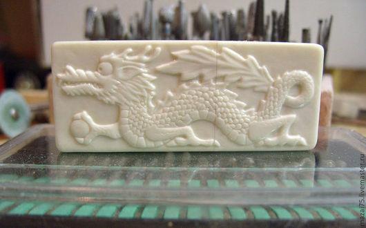 """Компьютерные ручной работы. Ярмарка Мастеров - ручная работа. Купить флешка из кости и дерева """"Японский дракон"""" 8Gb. Handmade."""