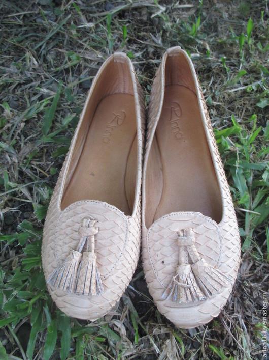 Обувь ручной работы. Ярмарка Мастеров - ручная работа. Купить Лоуферы светло- бежевые. Handmade. Бежевый, лоуферы из питона