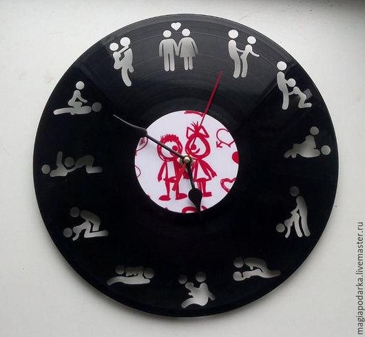 """Часы для дома ручной работы. Ярмарка Мастеров - ручная работа. Купить Часы из виниловый пластинки """"Время любви"""". Handmade. Черный"""