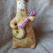 Статуэтка ручной работы. Ярмарка Мастеров - ручная работа Кот-музыкант с банджо. Handmade.