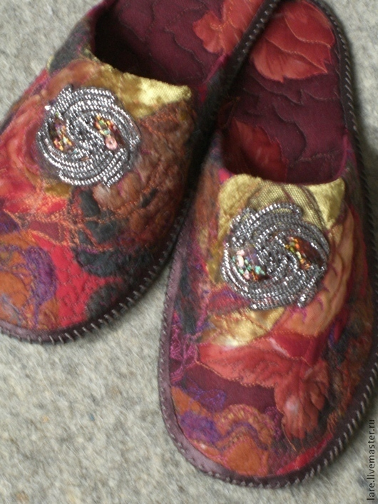 Обувь ручной работы. Ярмарка Мастеров - ручная работа. Купить Тапочки-Осенний блюз. Handmade. Бордовый, тапочки