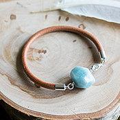 Украшения ручной работы. Ярмарка Мастеров - ручная работа Браслет с натуральным бериллом, кожаный браслет с голубым камнем. Handmade.