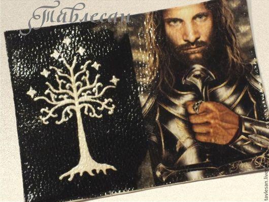 """Обложки ручной работы. Ярмарка Мастеров - ручная работа. Купить Обложка для паспорта """"Арагорн. Белое древо Гондора"""" кожа. Handmade."""