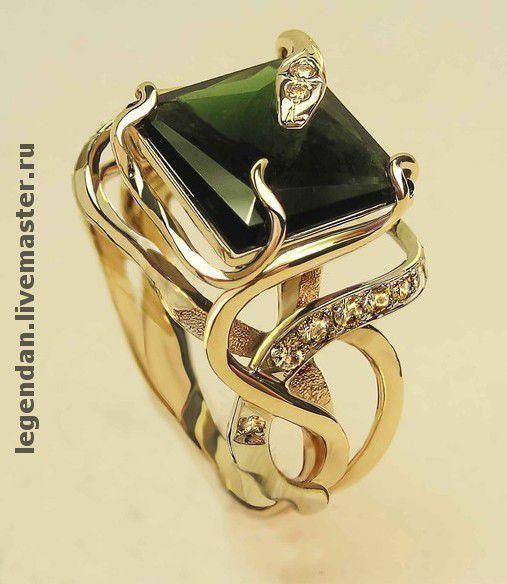 Золотое кольцо с турмалином и бриллиантами. Авторская работа.