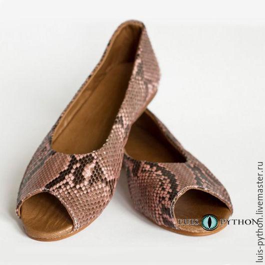 Обувь ручной работы. Ярмарка Мастеров - ручная работа. Купить Балетки из кожи питона. Handmade. Коралловый, балетки кожаные