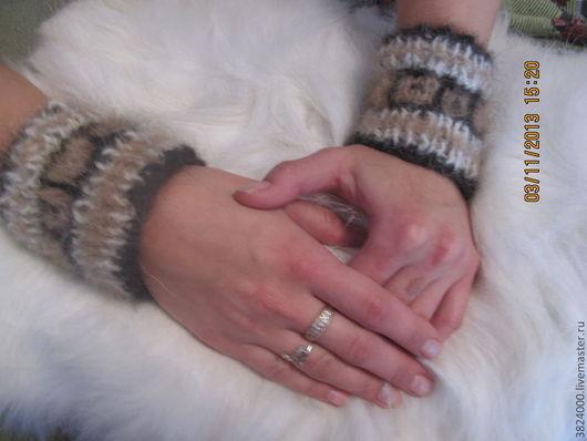 Варежки, митенки, перчатки ручной работы. Ярмарка Мастеров - ручная работа. Купить Напульсники  вязанные из собачьей шерсти. Handmade. Орнамент
