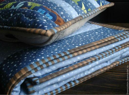 """Текстиль, ковры ручной работы. Ярмарка Мастеров - ручная работа. Купить """"Созвездие Дино"""" лоскутный комплект. Handmade. Тёмно-синий"""