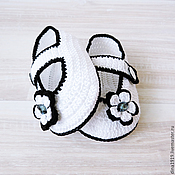 Работы для детей, handmade. Livemaster - original item knitted booties for girls, knitted booties, white, black. Handmade.