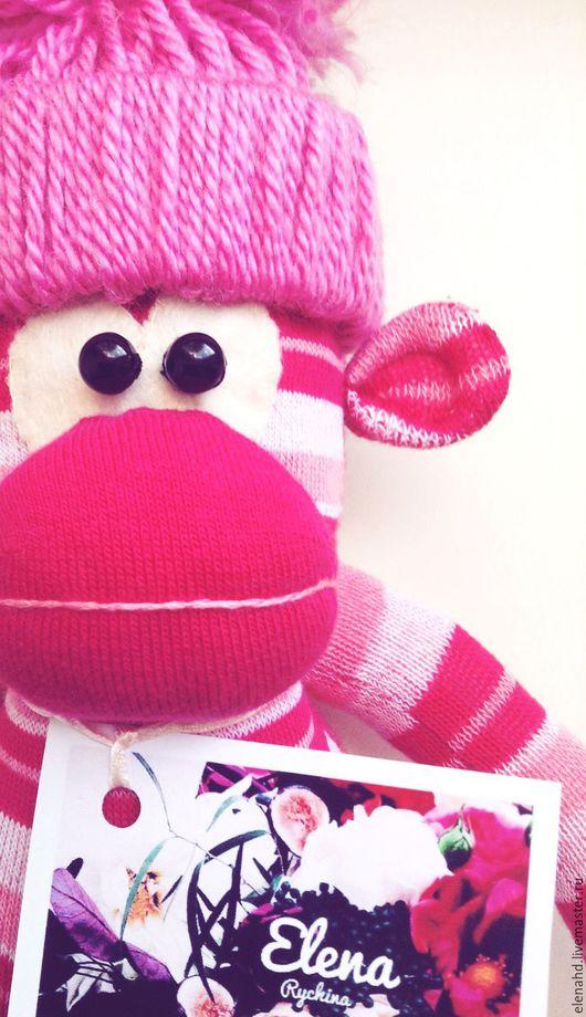 Игрушки животные, ручной работы. Ярмарка Мастеров - ручная работа. Купить Розовая обезьянка. Handmade. Фуксия, обезьяна символ 2016