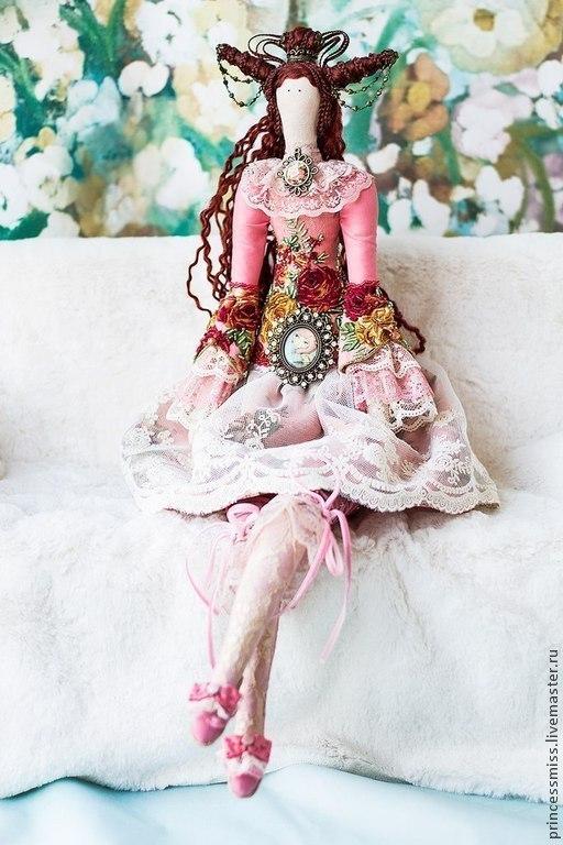 """Куклы Тильды ручной работы. Ярмарка Мастеров - ручная работа. Купить Тильда """"Розалия"""". Handmade. Подарок женщине, кукла, ленты"""