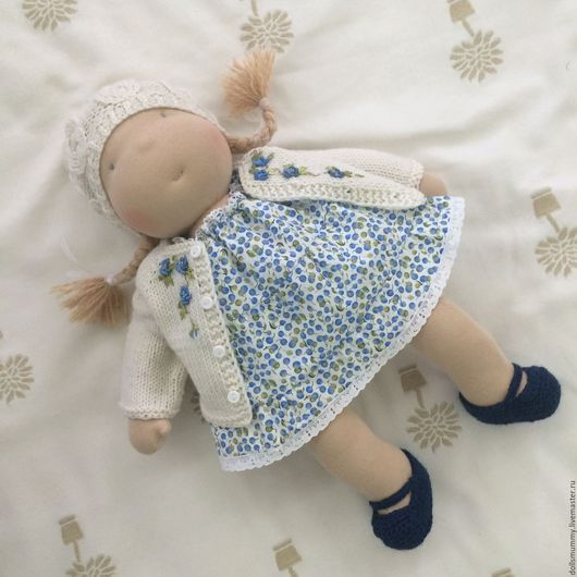 Вальдорфская игрушка ручной работы. Ярмарка Мастеров - ручная работа. Купить Вальдорфская кукла - девочка. Handmade. Голубой, обезьяна