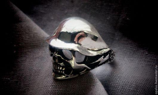 """Украшения для мужчин, ручной работы. Ярмарка Мастеров - ручная работа. Купить Кольцо """"Череп №7"""". Handmade. Кольцо из серебра"""