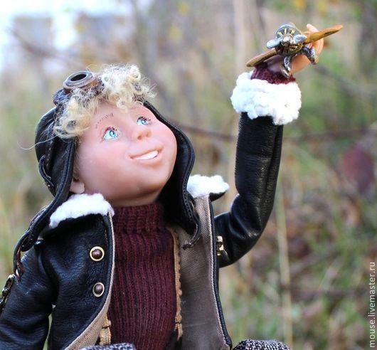 Коллекционные куклы ручной работы. Ярмарка Мастеров - ручная работа. Купить Лётчик Максимка. Handmade. Летчик, самолет, кожа