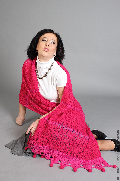 Shawls & Stoles handmade. Livemaster - handmade. Buy Knit tippet 'fuchsia'.Exclusive gift, gifts for women
