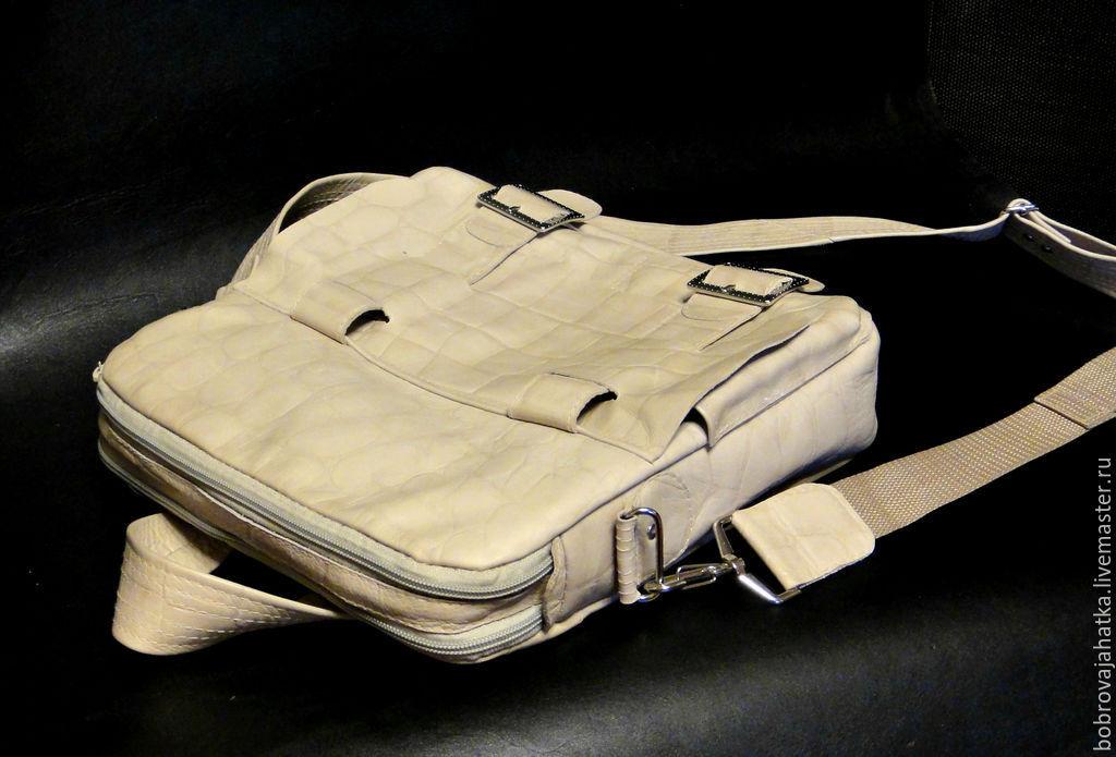 9de6cf15ea11 Мужские сумки ручной работы. Ярмарка Мастеров - ручная работа. Купить  Кожаная сумка портфель через ...