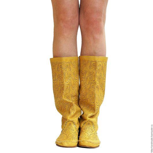 Обувь ручной работы. Ярмарка Мастеров - ручная работа. Купить Летние перфорированные сапоги PIZZO /желтые/. Handmade. Желтый