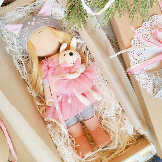 Коллекционные куклы ручной работы. Ярмарка Мастеров - ручная работа. Купить Текстильная куколка-кошечка. Handmade. Текстильная куколка, зефирка
