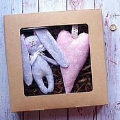 """Куклы и игрушки ручной работы. Ярмарка Мастеров - ручная работа Набор игрушек """"Зайка с сердцем"""". Handmade."""