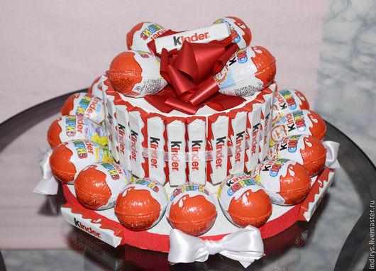 Персональные подарки ручной работы. Ярмарка Мастеров - ручная работа. Купить Торт из киндер шоколада. Handmade. Разноцветный
