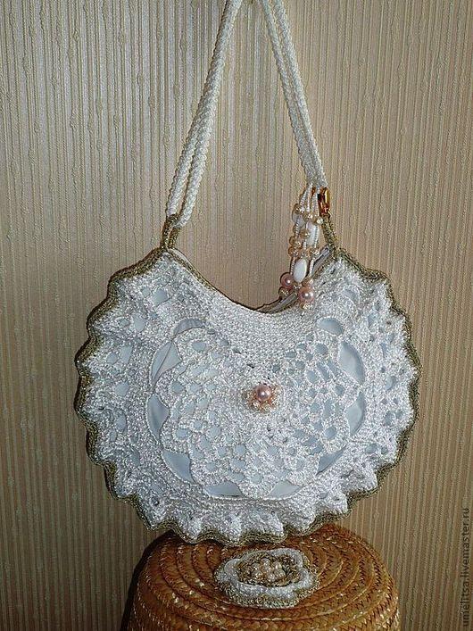 "Сумка ""Ракушка"". На заказ 1500 руб. Ажурная легкая сумочка. Застежка-молния, внутри подклад, кармашек."