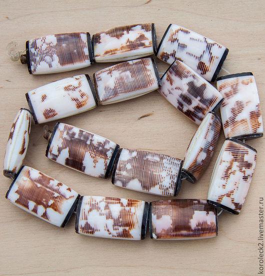 Для украшений ручной работы. Ярмарка Мастеров - ручная работа. Купить Прямоугольные бусины из раковины Адмирал, 25 мм. Handmade.