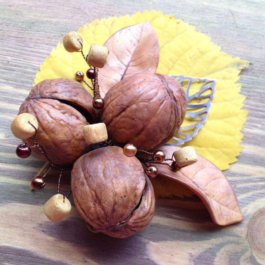 """Броши ручной работы. Ярмарка Мастеров - ручная работа. Купить """"Три орешка для ..."""" Брошь. Handmade. Брошь с орехами, коричневый"""