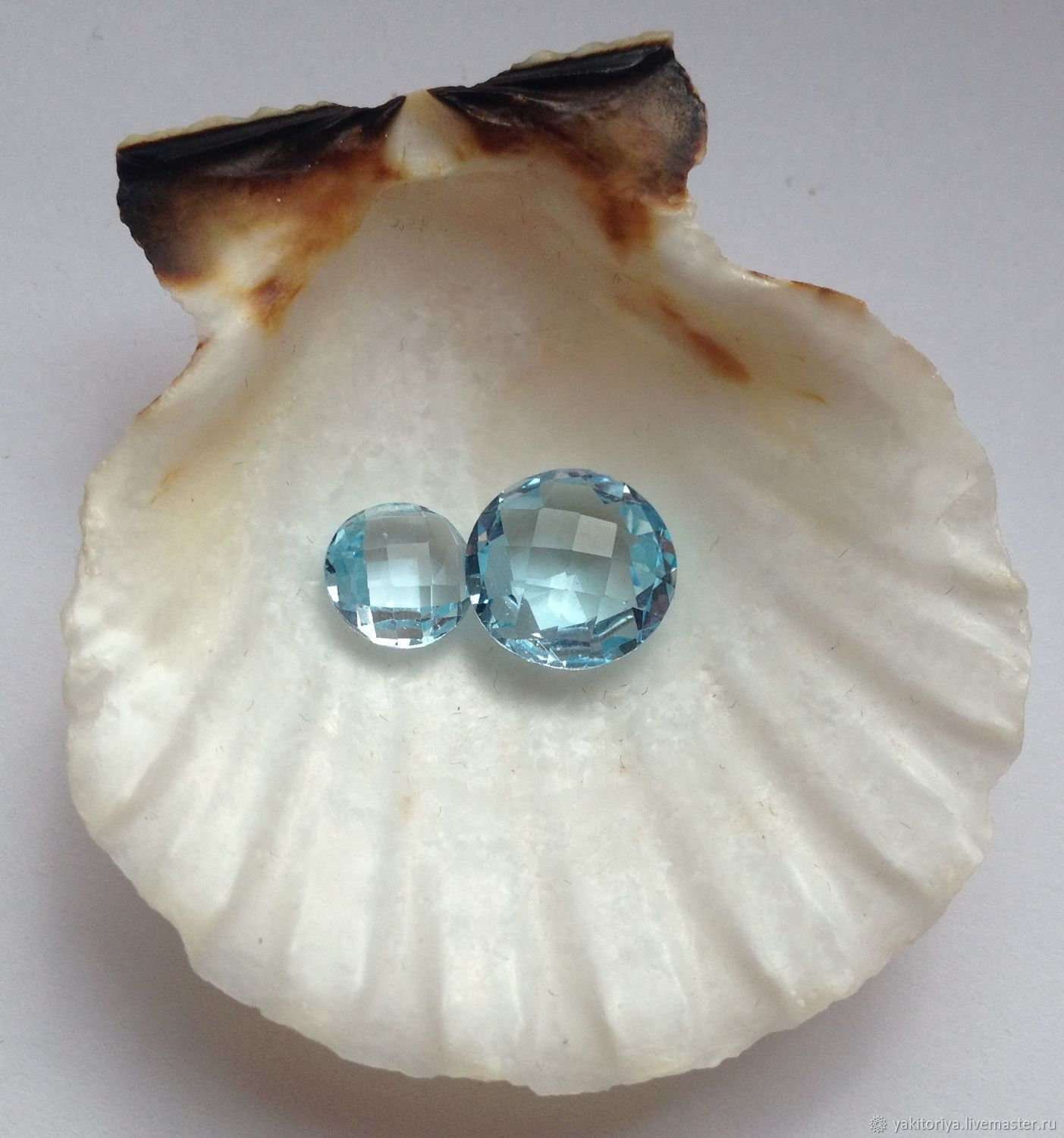 Mother of Pearl One Pair 10mm Round Cabochons Shell