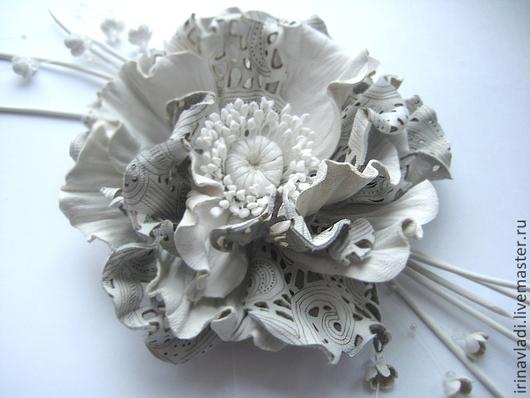 цветы из кожи, кожаный цветок мак, белый мак из кожи, украшение из кожи цветок, кожаные аксессуары, заколка для волос цветок, заколка для волос мак, брошь цветок мак,брошь цветок из кожи, ободок с цве