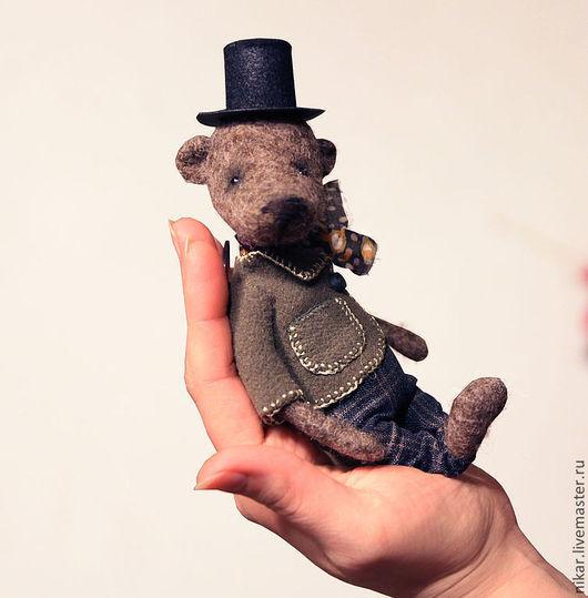 """Игрушки животные, ручной работы. Ярмарка Мастеров - ручная работа. Купить Мишка """"Джеймс"""", 13 см, валянный из шерсти. Handmade."""