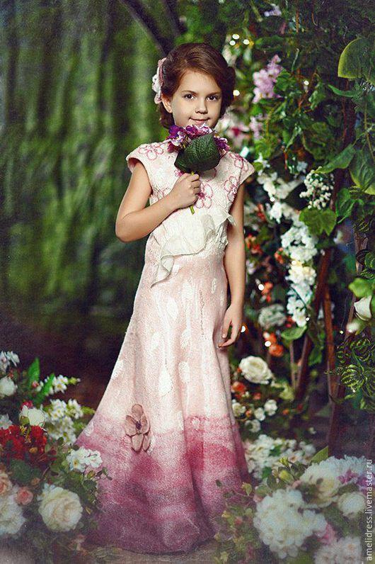 Одежда для девочек, ручной работы. Ярмарка Мастеров - ручная работа. Купить Цветущая вишня. Handmade. Розовый, цветущая вишня