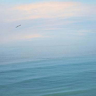 Картины и панно ручной работы. Ярмарка Мастеров - ручная работа Голубое море фото картина в спальню, Абстрактный Морской пейзаж. Handmade.