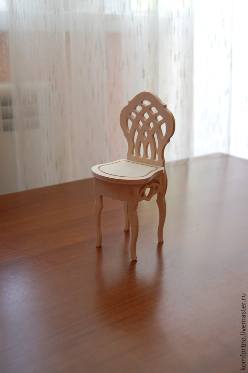 Doll high chair.Blank for decoupage and painting.171