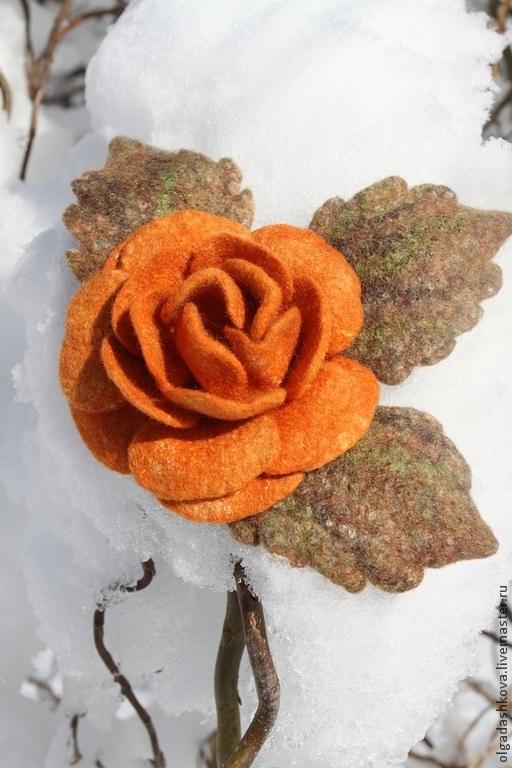 """Броши ручной работы. Ярмарка Мастеров - ручная работа. Купить Комплект """"Осенняя роза"""". Handmade. Оранжевый, шелк"""