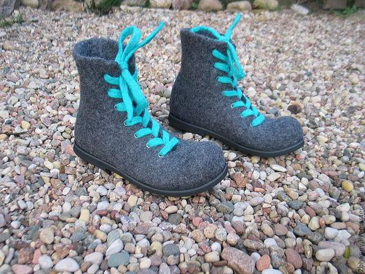 Обувь ручной работы. Ярмарка Мастеров - ручная работа. Купить Валяные ботинки SMART. Handmade. Темно-серый, войлочная обувь