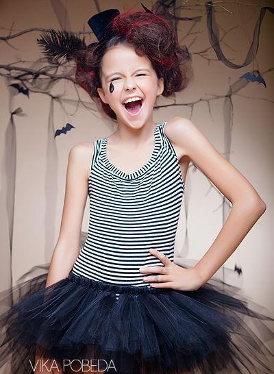 """Карнавальные костюмы ручной работы. Ярмарка Мастеров - ручная работа. Купить """"Юная ведьма"""" юбка-пачка со шлейфом на Хэллоуин. Handmade."""