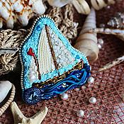 """Украшения ручной работы. Ярмарка Мастеров - ручная работа Вышитая брошь """"Кораблик"""". Handmade."""