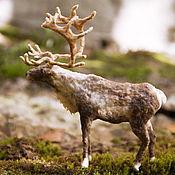 Подарки к праздникам ручной работы. Ярмарка Мастеров - ручная работа Северный олень из ваты. Игрушка на ёлку. Handmade.