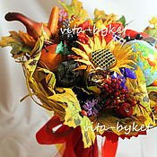 Цветы и флористика ручной работы. Ярмарка Мастеров - ручная работа Осенние изобилие букет из конфет на 1 сентября с глобусом. Handmade.