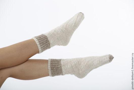 Носки, Чулки ручной работы. Ярмарка Мастеров - ручная работа. Купить Носки белые вязаные крученые. Handmade. Белый
