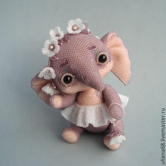 Куклы и игрушки ручной работы. Ярмарка Мастеров - ручная работа. Купить Бисерная слоня КапризУлька. Handmade. Слон, бисер чешский