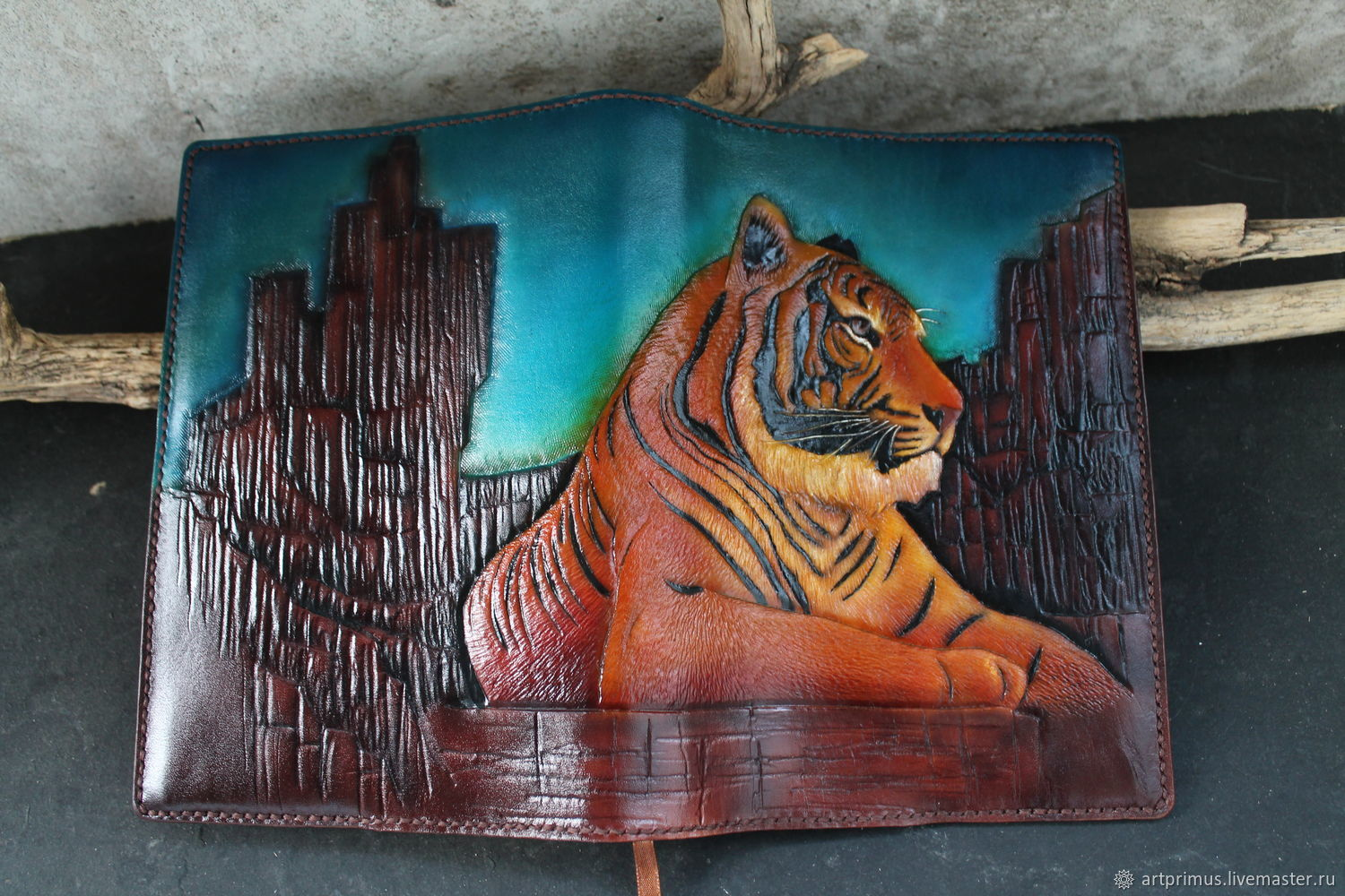 Diary Tiger A5 embossing, coloring, airbrushing, painting, Diaries, Voronezh,  Фото №1
